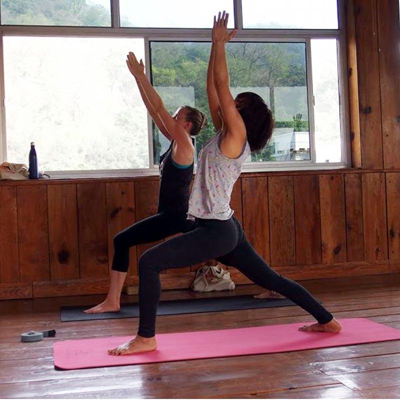4 Best Yoga Teacher Training Programs In India