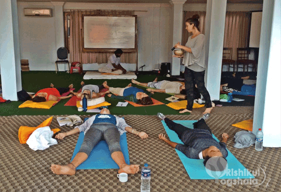 yoga retreats india