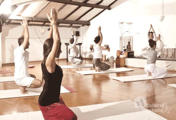 yoga-teacher-training-south-yoga-hall
