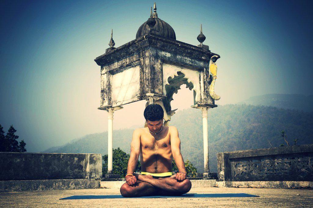 Vipin Baloni Yoga at Rishikul Yogshala