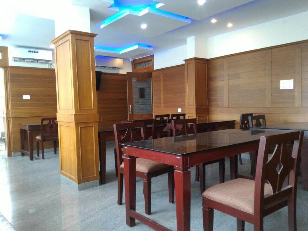 rishikul yogshala kerala dining room