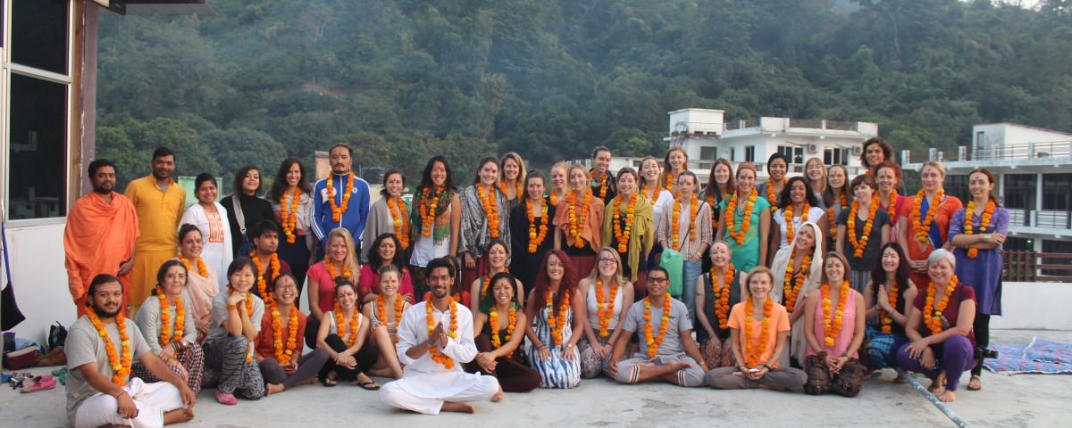 rishikul yogshala yoga teacher training in rishikesh