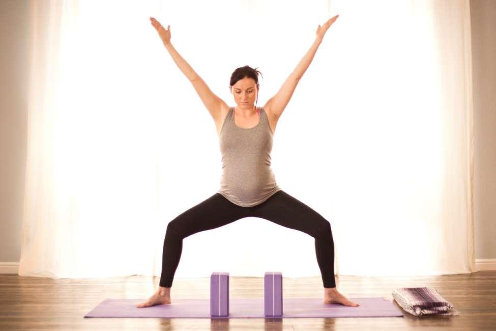 Goddess Pose (Utkatakonasana) Opening Hip Joints