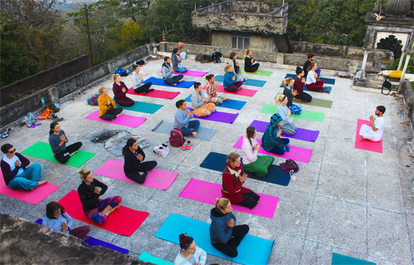 300 hour yoga teacher training in kerala