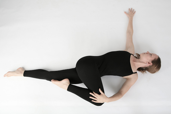 Reclined Supine Twist Pose ( Supta Matsyendrasana)