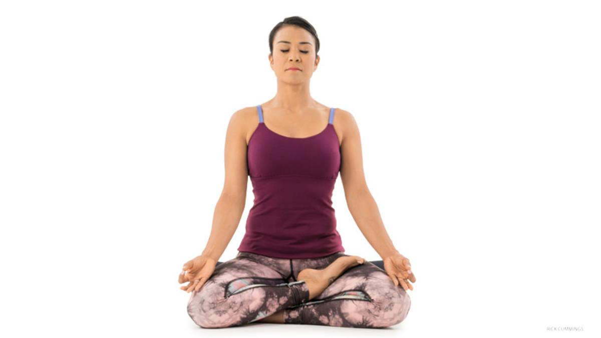 Half Lotus Pose (Ardha Padmasana)