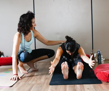 200 hour yoga teacher training in kerala